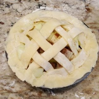 Mini Apple Pie in the Air Fryer