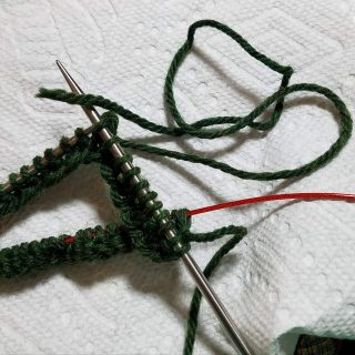 Knitting With the Tail